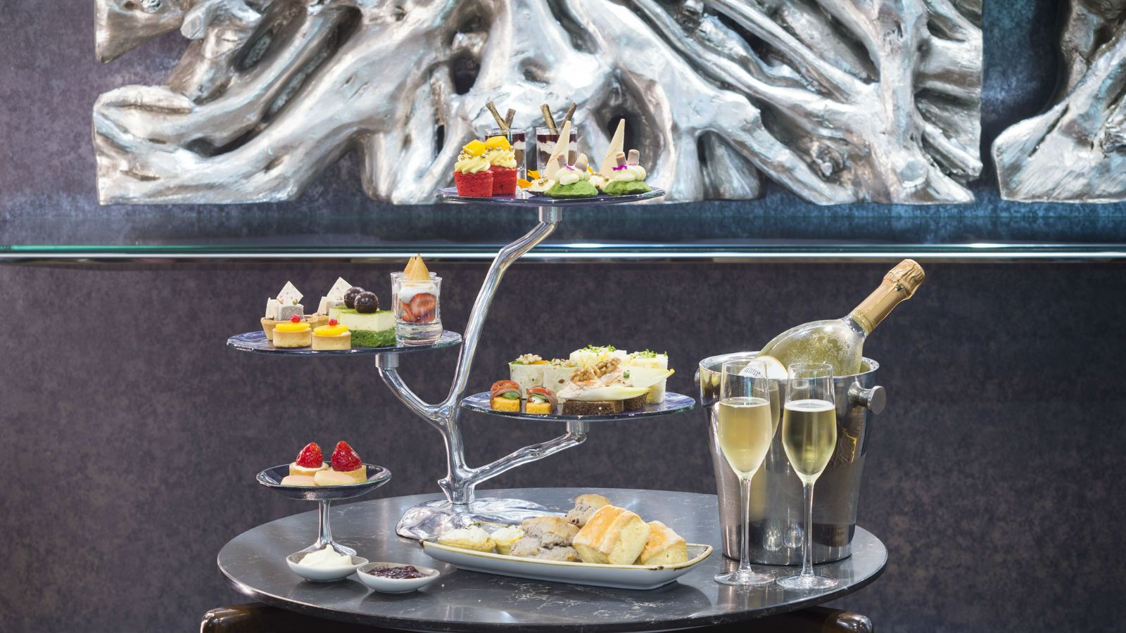 High Tea Experience With Bubbles